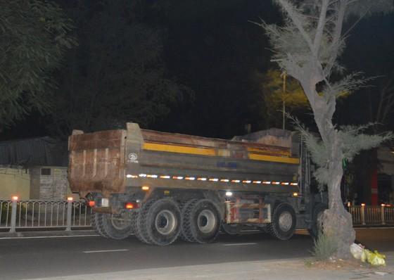 Hung thần… xe quá tải: Ngăn chặn vấn nạn từ gốc ảnh 1
