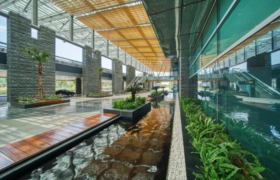 Cảng hàng không quốc tế Vân Đồn là sân bay khu vực hàng đầu châu Á 2020 ảnh 1