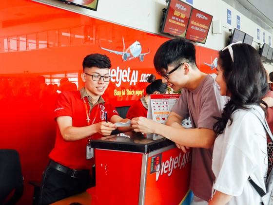 Đồng giá cực 'chất' – Trả mức duy nhất 555.000 đồng, bay khắp Việt Nam ảnh 1
