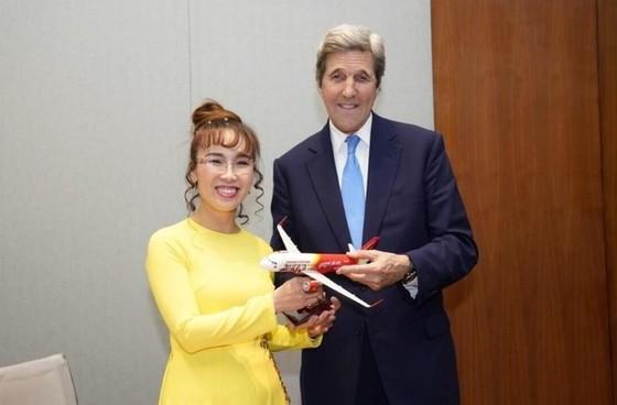 Đại sứ Hoa Kỳ thăm và làm việc với HDBank, Vietjet ảnh 9