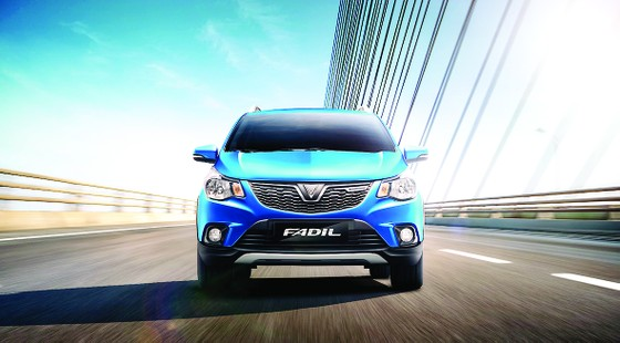 Chiếc xe 'hot' nhất phân khúc A thêm 2 màu sơn xanh thời trang ảnh 1