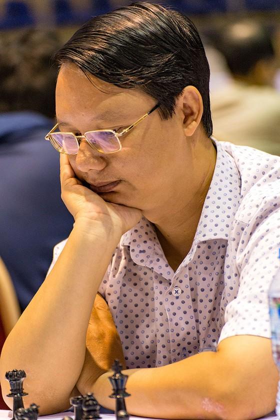 Kỳ thủ Đào Thiên Hải bất ngờ thua ở ván 8. Ảnh LĐCVNcung cấp