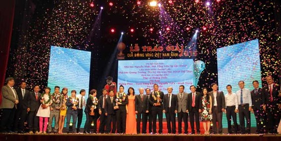 Giải thưởng Quả bóng vàng Việt Nam do Báo SGGP tổ chức từ năm 1995 đến nay,  đã trở thành thương hiệu đặc trưng của bóng đá Việt Nam                   Ảnh: DŨNG PHƯƠNG