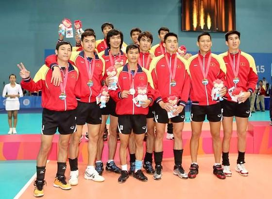 Đội tuyển bóng chuyền nam giành HCB tại  SEA Games 28-Singapore    Ảnh: DŨNG PHƯƠNG