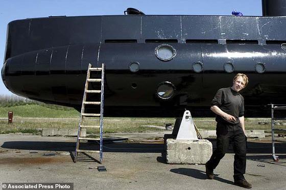 Cứu nhà phát minh Đan Mạch từ tàu ngầm tư nhân lớn nhất thế giới bị chìm ảnh 1
