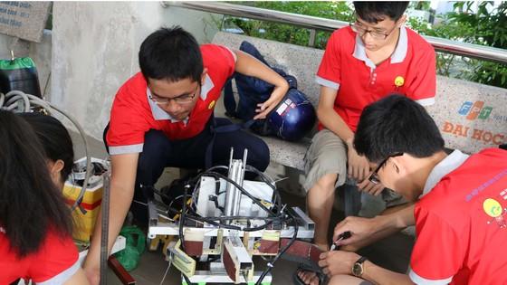 Cuộc thi sáng tạo robot dành cho học sinh trung học phổ thông Đà Nẵng mở rộng ảnh 2