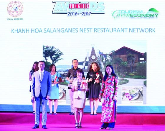 Hệ thống Nhà hàng Yến Sào Khánh Hòa vinh dự nhận giải thưởng The Guide Awards 2016-2017 ảnh 1