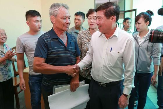 """Chủ tịch UBND TPHCM Nguyễn Thành Phong: """"Tận đáy lòng, tôi xin lỗi người dân Thủ Thiêm"""" ảnh 1"""