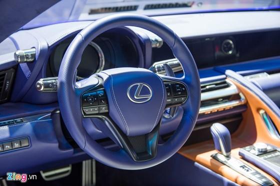 Lexus LC 500h: Coupe hang sang cho dai gia Viet hinh anh 9