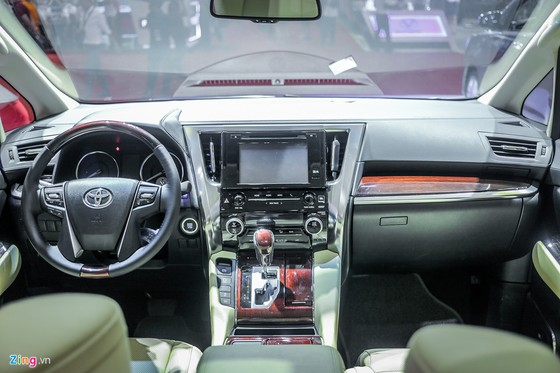 'Chuyen co mat dat' Toyota Alphard gia hon 3,5 ty dong tai VN hinh anh 8