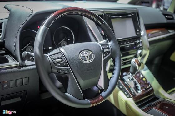 'Chuyen co mat dat' Toyota Alphard gia hon 3,5 ty dong tai VN hinh anh 9