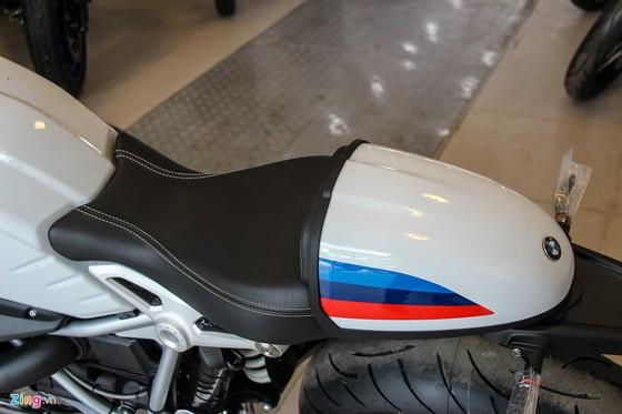 BMW R nineT Racer dau tien ve Viet Nam hinh anh 7