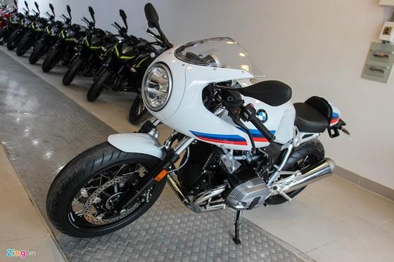 BMW R nineT Racer dau tien ve Viet Nam hinh anh 2