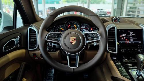 Porsche Cayenne phiên bản đặc biệt giá 5,3 tỉ đồng tại Việt Nam - ảnh 6