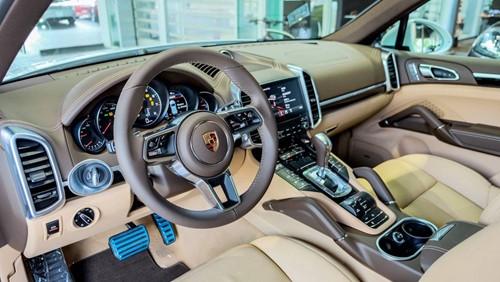 Porsche Cayenne phiên bản đặc biệt giá 5,3 tỉ đồng tại Việt Nam - ảnh 7