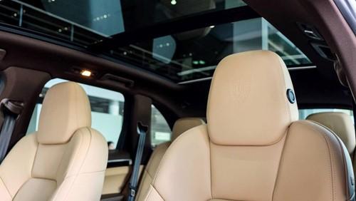 Porsche Cayenne phiên bản đặc biệt giá 5,3 tỉ đồng tại Việt Nam - ảnh 9
