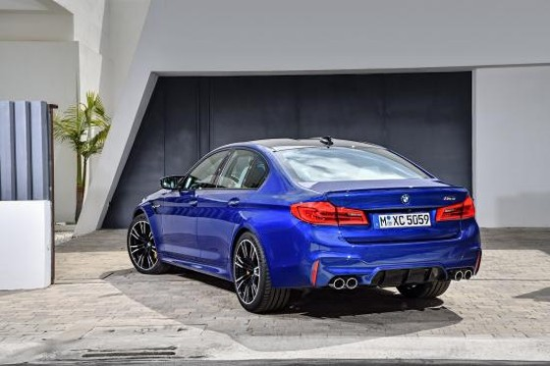 BMW trình làng sedan hiệu suất cao M5 2018 ảnh 14