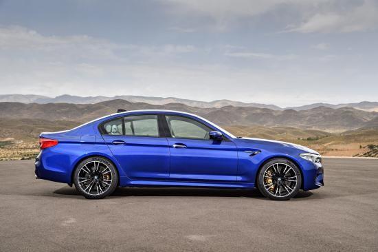 BMW trình làng sedan hiệu suất cao M5 2018 ảnh 6