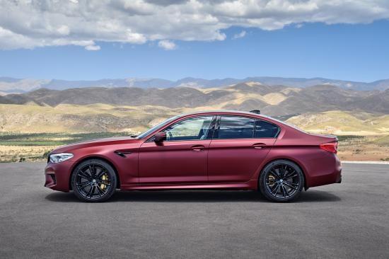 BMW trình làng sedan hiệu suất cao M5 2018 ảnh 10