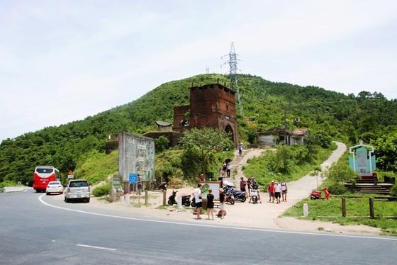 Cung đường cuốn hút nhất thế giới tại Việt Nam khiến nhiều người ngỡ ngàng - ảnh 21