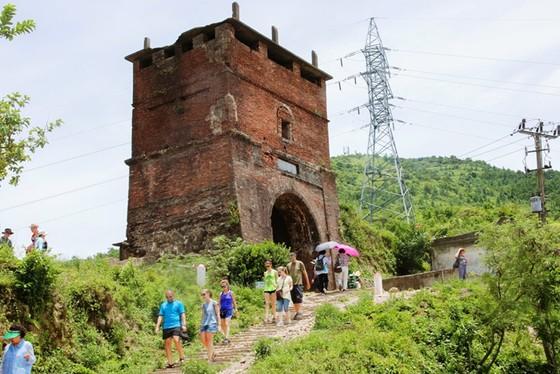 Cung đường cuốn hút nhất thế giới tại Việt Nam khiến nhiều người ngỡ ngàng - ảnh 22