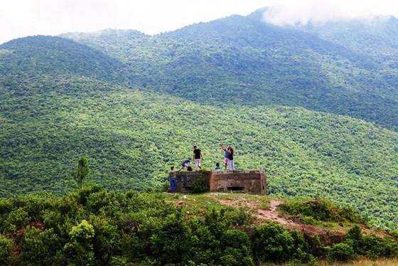 Cung đường cuốn hút nhất thế giới tại Việt Nam khiến nhiều người ngỡ ngàng - ảnh 26