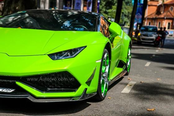 Lamborghini Huracan của bạn trai cũ nữ hoàng nội y Ngọc Trinh được độ khủng - Ảnh 16.