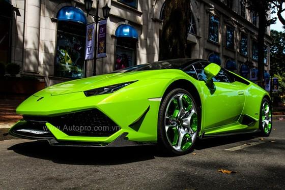 Lamborghini Huracan của bạn trai cũ nữ hoàng nội y Ngọc Trinh được độ khủng - Ảnh 4.