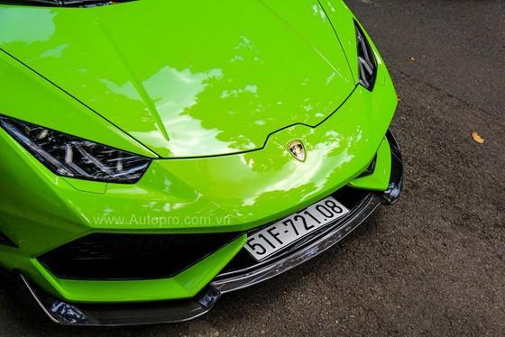 Lamborghini Huracan của bạn trai cũ nữ hoàng nội y Ngọc Trinh được độ khủng - Ảnh 7.