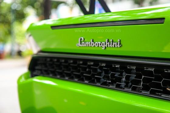 Lamborghini Huracan của bạn trai cũ nữ hoàng nội y Ngọc Trinh được độ khủng - Ảnh 19.