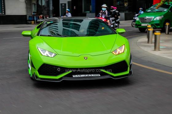 Lamborghini Huracan của bạn trai cũ nữ hoàng nội y Ngọc Trinh được độ khủng - Ảnh 15.