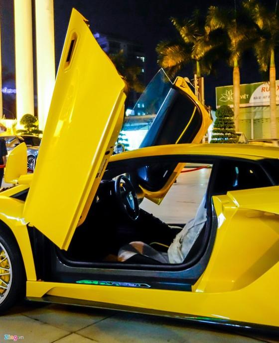 Lamborghini Aventador S hon 40 ty lan dau xuong pho Sai Gon hinh anh 8