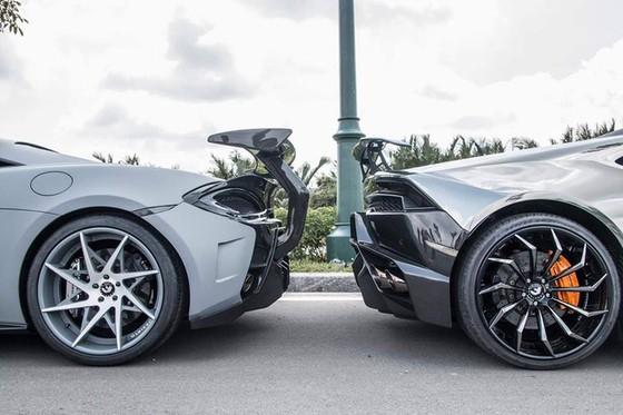 Vẻ đẹp cặp đôi siêu xe độ khủng của tay chơi quận 5 trên phố Sài thành - Ảnh 3.
