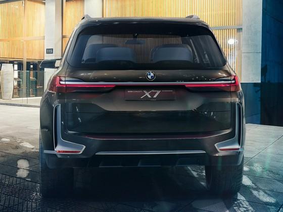 Diện kiến SUV hạng sang 7 chỗ BMW X7 iPerformance hoàn toàn mới - Ảnh 5.