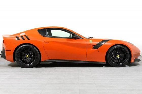 Vẻ đẹp của chiếc Ferrari F12tdf có giá bán siêu đắt đỏ trên thế giới, giá từ 31,8 tỷ Đồng - Ảnh 4.