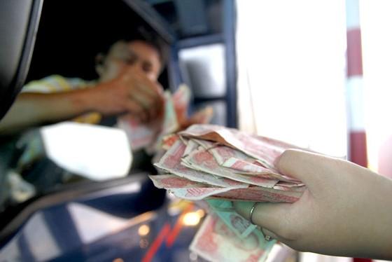 Nhức nhối chi tiền lẻ trạm thu phí ảnh 1