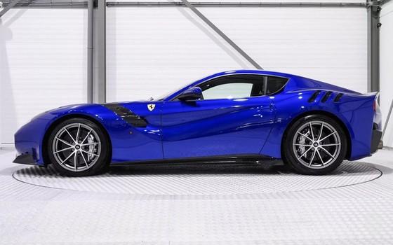 Hàng hiếm Ferrari F12tdf sở hữu ngoại thất lạ mắt được rao bán với mức giá khóc thét - Ảnh 3.