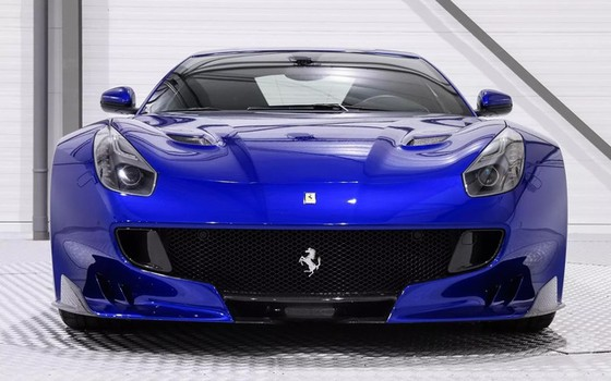 Hàng hiếm Ferrari F12tdf sở hữu ngoại thất lạ mắt được rao bán với mức giá khóc thét - Ảnh 1.