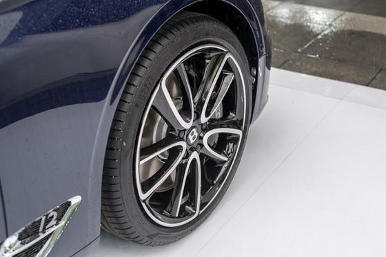 Coupe hạng sang Bentley Continental GT 2018 hăm hở ra mắt nhà giàu Đông Nam Á - Ảnh 8.