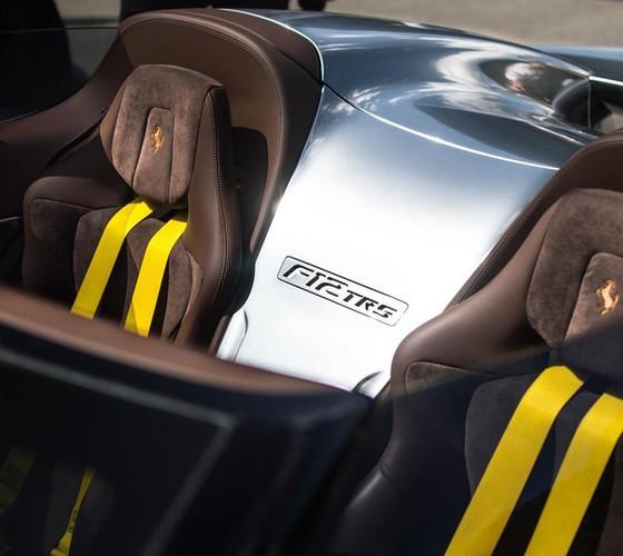 Bất ngờ bắt gặp siêu phẩm Ferrari F12 TRS thứ hai trên toàn thế giới - Ảnh 10.