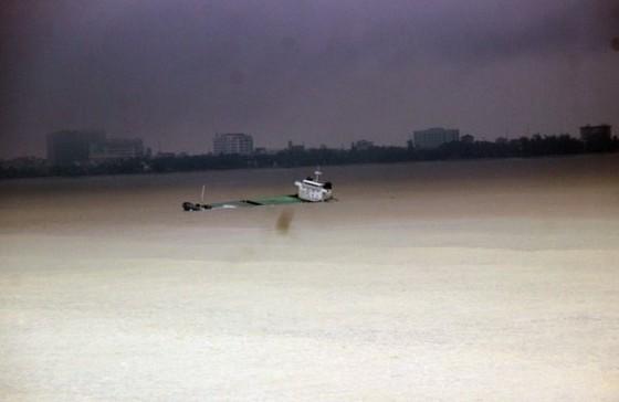 """Các tàu hàng bị bão đánh bật đều là tàu """"vãng lai"""""""