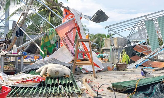 Khánh Hòa, Phú Yên - dồn sức khắc phục hậu quả bão ảnh 7