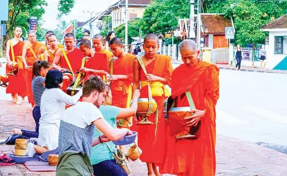 Một  thoáng cố đô Luang Prabang ảnh 7