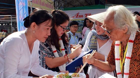 Tưng bừng ngày hội văn hóa Khmer Nam bộ - Ảnh 7.