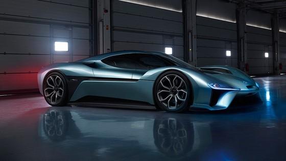 """5 siêu xe điện đủ sức """"đua"""" với Tesla Roadster - Ảnh 5."""