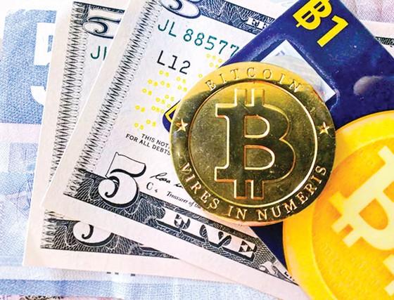 Bất chấp rủi ro lao vào cơn sốt Bitcoin ảnh 1