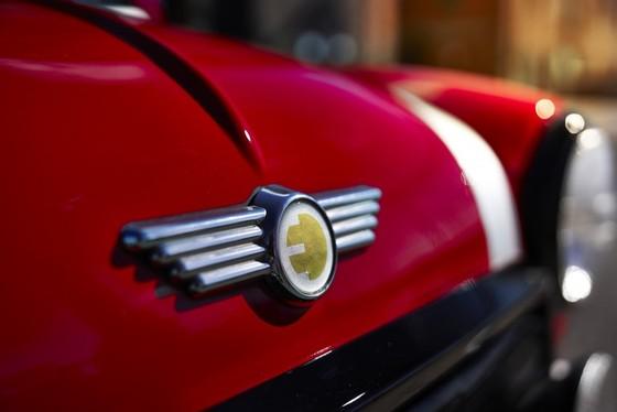 Classic Mini Electric - xe dien phong cach retro ra mat tai New York hinh anh 6