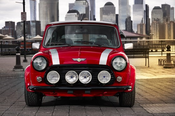 Classic Mini Electric - xe dien phong cach retro ra mat tai New York hinh anh 3