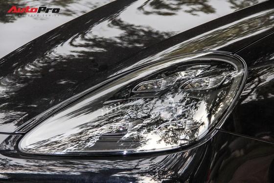 Porsche Cayenne S 2018 đầu tiên tại Việt Nam xuống phố - Ảnh 11.