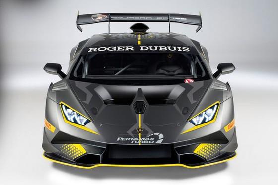 Lamborghini Huracan Super Trofeo Evo ra mắt tại đường đua Sepang - Ảnh 2.